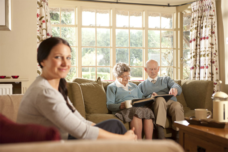 Working with the elderly in the comfort of there own homes with a Free NHS Home Eye Test, Home visiting optician, Free eye test, free glasses, mobile optician, West Midlands, Birmingham, Solihull, Dorridge, Knowle